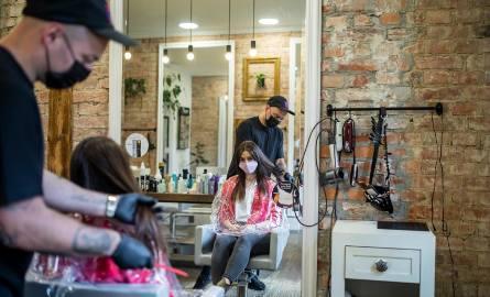 Pierwszy tydzień po odmrożeniu przyniósł branży beauty sporo klientów