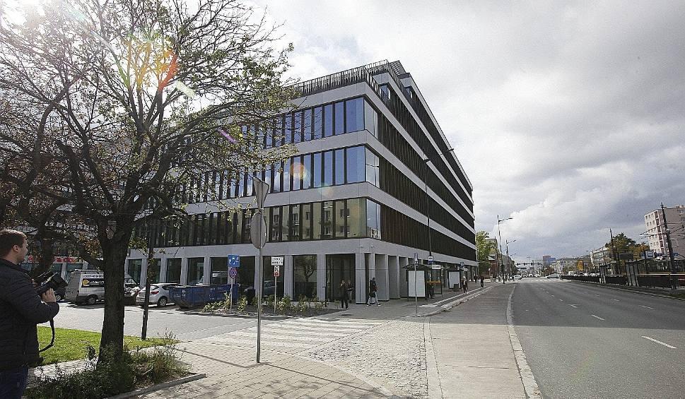 Film do artykułu: Biurowiec Imagine w Łodzi już otwarty. Jakie biurowce będą wkrótce otwierane