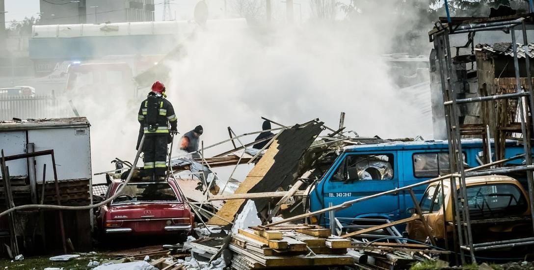 Wybuch gazu zmiótł dom. Trzej mieszkańcy sami wyszli z gruzowiska