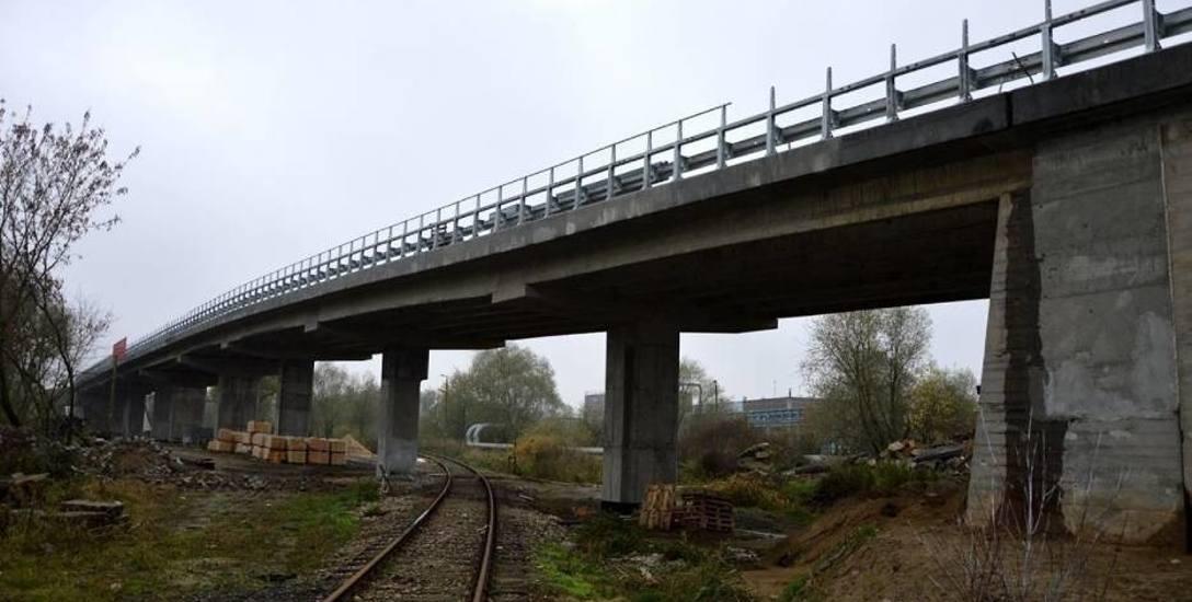 Po 15 miesiącach ktoś inny dokończy remont wiaduktu na ulicy Kuźnickiej