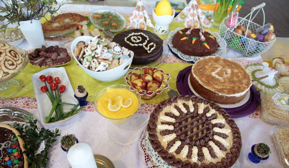 Film do artykułu: Przepisy na Wielkanoc: żurek, sałatka, sernik, babka. Tradycyjne przepisy na Wielkanoc 2020. Te dania przygotujesz samodzielnie
