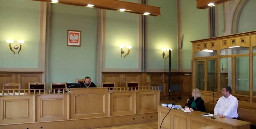 Nie będzie umorzenia procesu prezydenta Tczewa Mirosława Pobłockiego. Sąd nie uwzględnił wniosku obrony