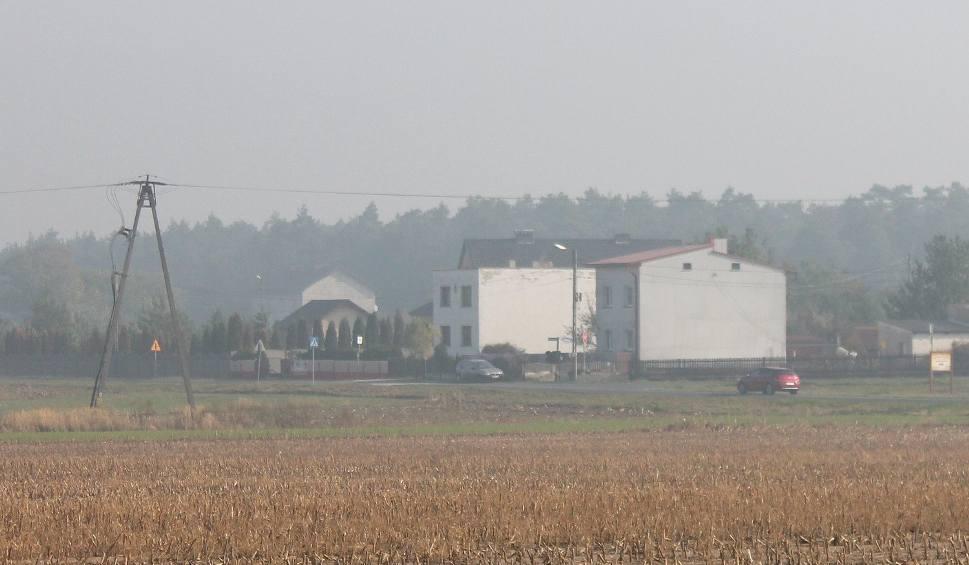 Film do artykułu: Duże zapylenie w powiecie strzeleckim z powodu pożaru odlewni magnezu PolMag
