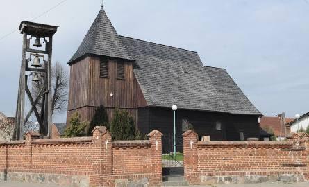 Kościółek wiejski w Kosieczynie.