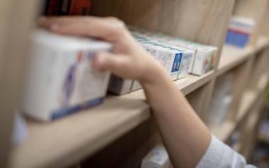 W aptekach brakuje leków, bo jadą za granicę. Tam są droższe