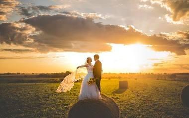 """Ważne pytania przed ślubem. Dzięki nim wiele się dowiecie o sobie nawzajem. Co powinniście uzgodnić zanim powiecie """"TAK"""""""