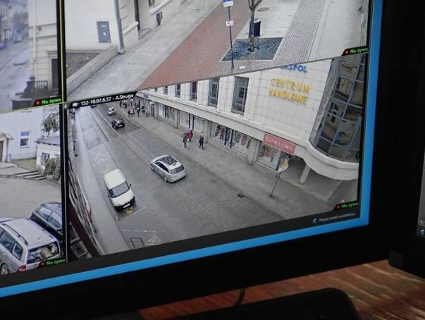 Od początku bieżącego roku straż miejska już 43 razy odholowywała auta nieprawidłowo zaparkowane na ciągu ul. A Struga i Tuwima – od al. Kościuszki do