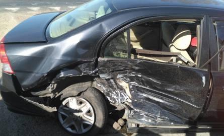 W niedzielę, ok. godz. 14, na drodze krajowej nr 6, na wysokości Nowych Bielic, doszło do kolizji dwóch samochodów osobowych. Kierowca hondy, jadący