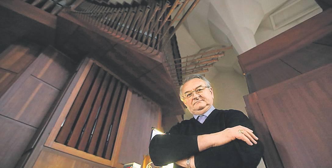 Organy grają, ale ludzie nie podejmują śpiewu