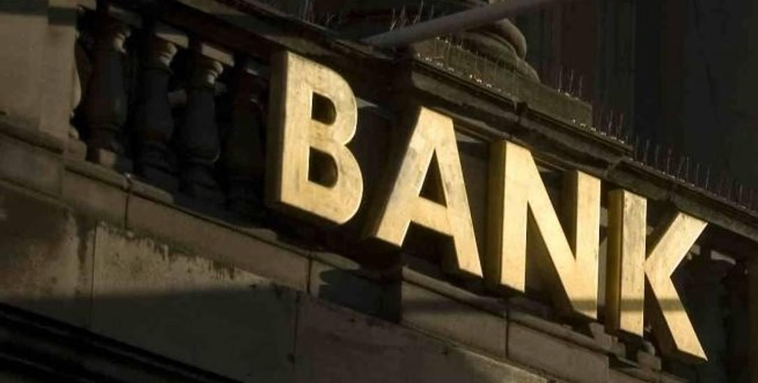 Oszuści szastali wyłudzonymi pieniędzmi w Białymstoku