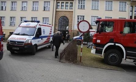 Znana przyczyna ewakuacji Gimnazjum nr 2 w Bytowie. Uczennica rozpyliła gaz pieprzowy