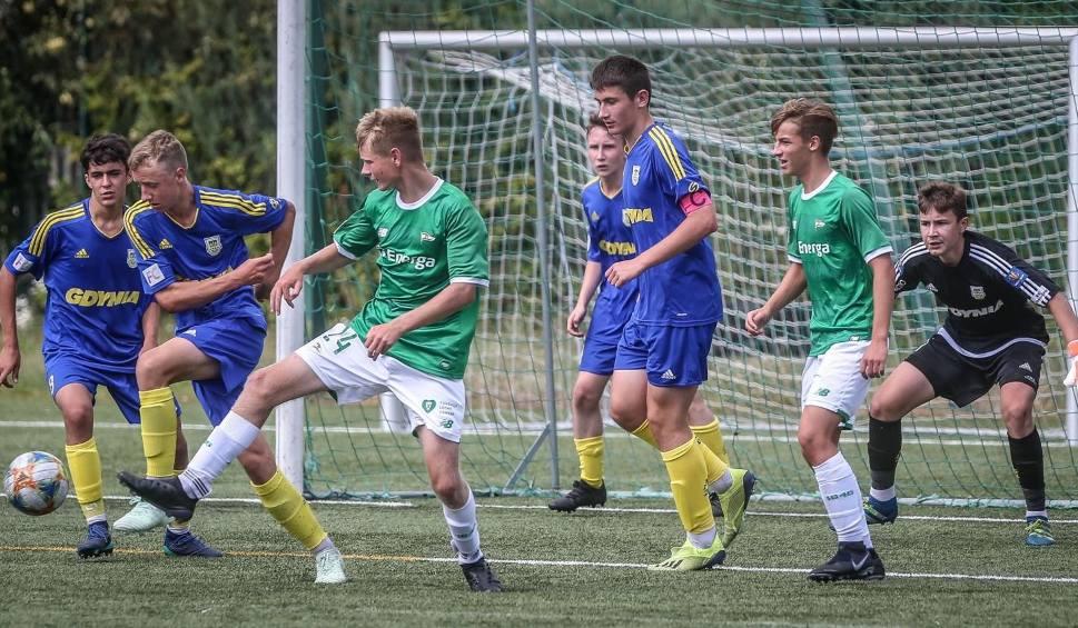 Film do artykułu: Centralna Liga Juniorów U-17. Lechia Gdańsk - Arka Gdynia. Derbowy remis, który cieszy tylko gdynian [wideo, zdjęcia]