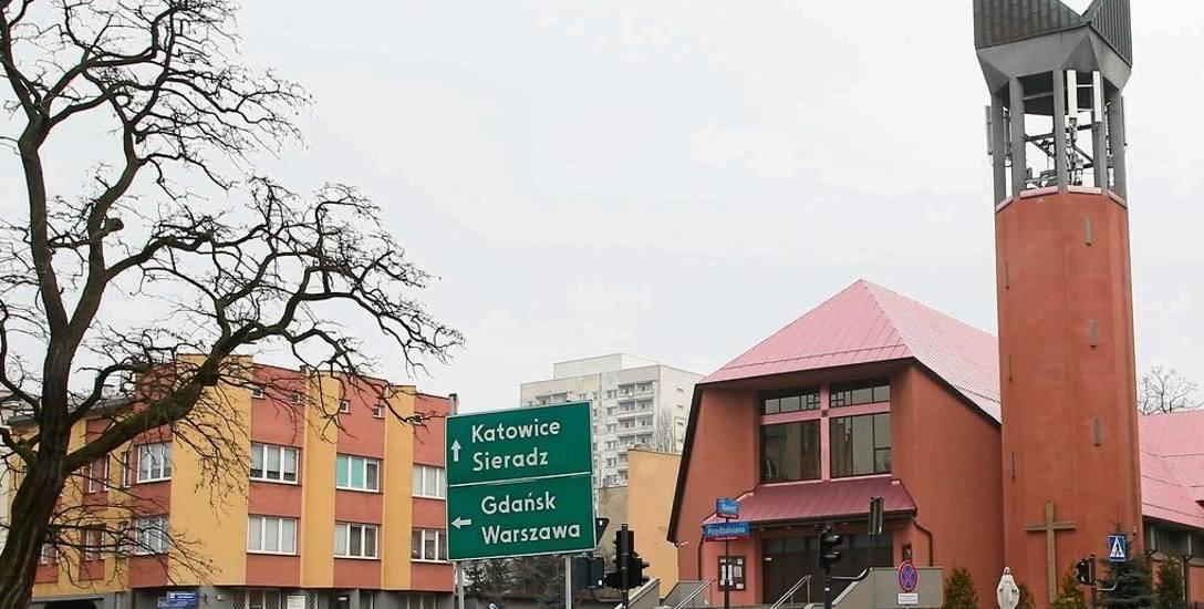 Nocne   włamanie   do kościoła. Wandal zdemolował świetlicę kościoła św. Piotra i Pawła przy ul. Nawrot w Łodzi