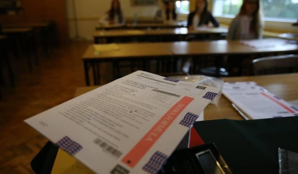 Film do artykułu: MATURA 2017: Egzamin poprawkowy ZADANIA + ODPOWIEDZI Z MATEMATYKI