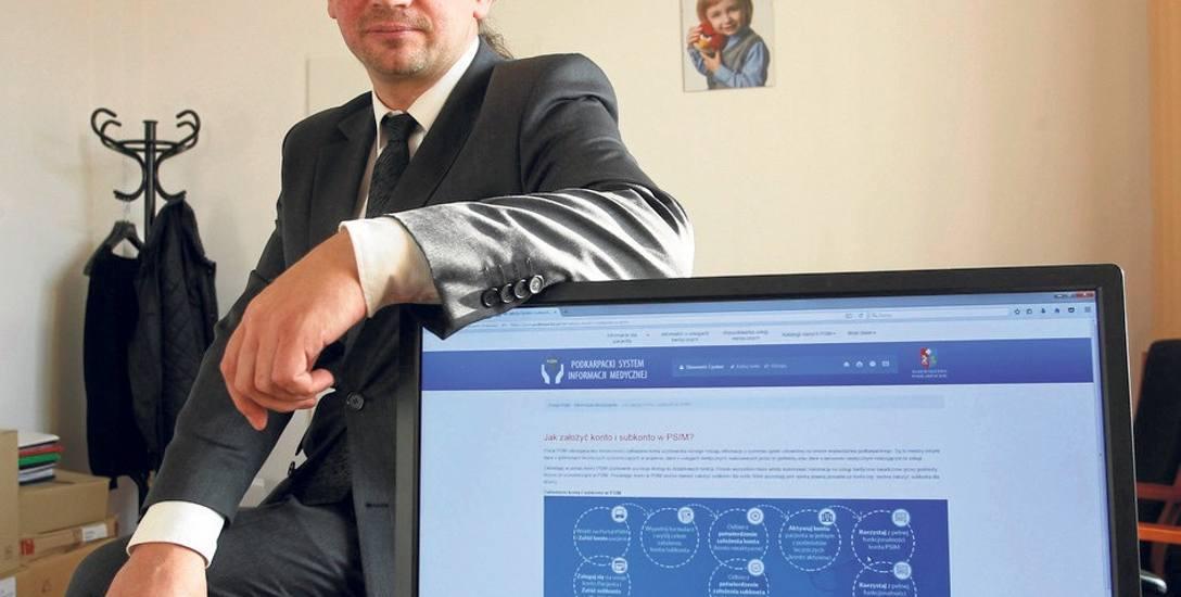 - Informacje o systemie i o tym, jak założyć konto, znajdują się na stronie: psim.podkarpackie.pl w zakładce informacje dla pacjenta - mówi dyrektor