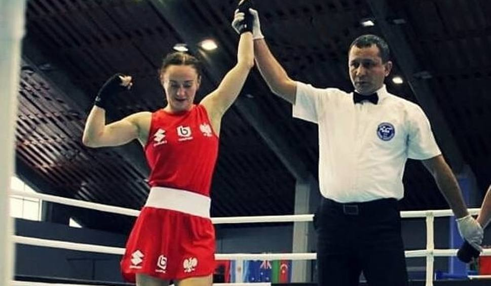 Film do artykułu: Sandra Drabik wygrała półfinałową walkę w Sofii. W poniedziałek walczy o finał