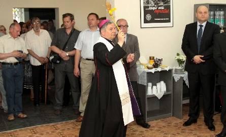Lokal poświęcił biskup Henryk Tomasik.