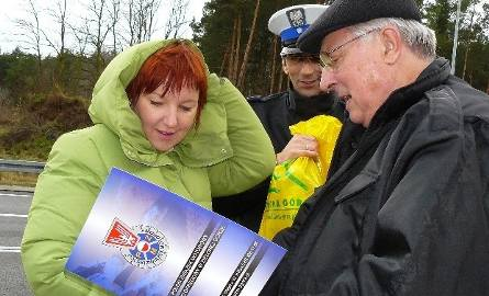 Nauczycielka Joanna Łuka nie kryła, że była nieco zdenerwowana i wystraszona, kiedy zobaczyła policjanta drogówki dającego jej sygnał do zatrzymania