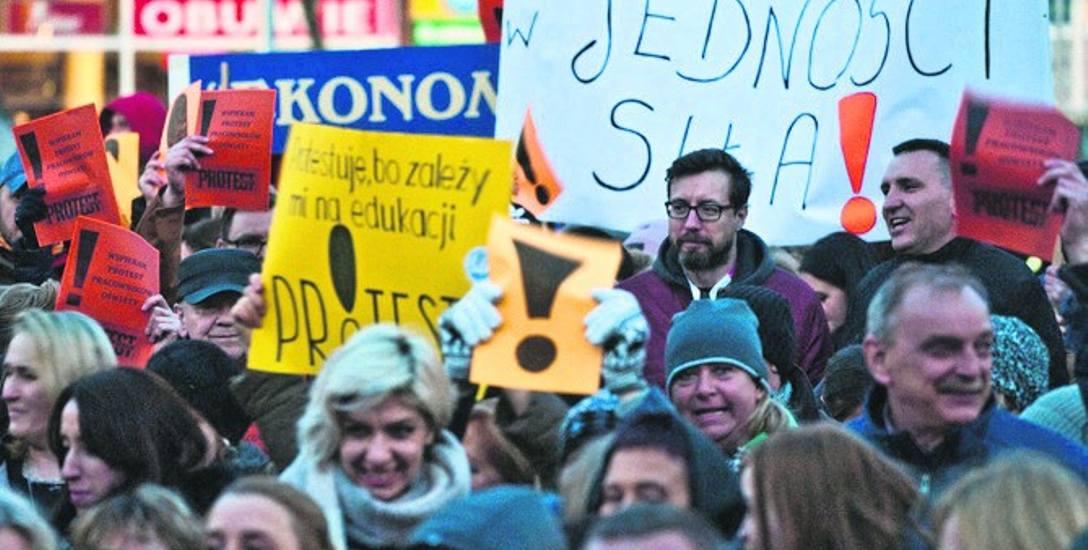 Do strajku nauczycieli, który odbył się w kwietniu, w Koszalinie przystąpiło ponad 1400 osób.