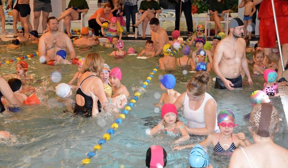 Film do artykułu: Bezpłatne zajęcia sportowe dla dzieci w Stalowej Woli