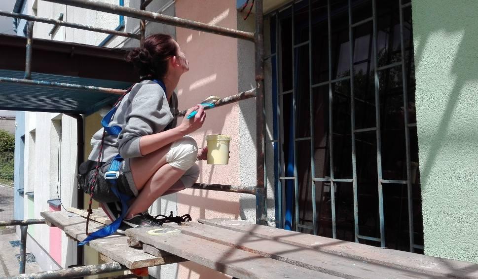 Film do artykułu: W Czeladzi powstaje mural. Pomagają seniorzy ZDJĘCIA