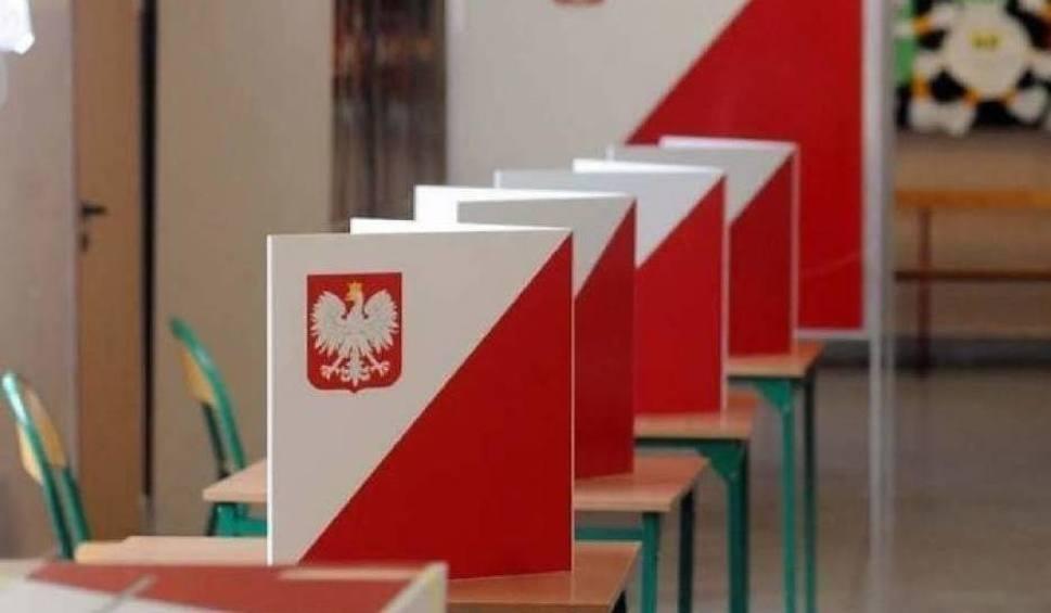 Film do artykułu: Wybory samorządowe 2018. Powiat wielicki. W Gdowie frekwencja w granicach 16,5 proc.
