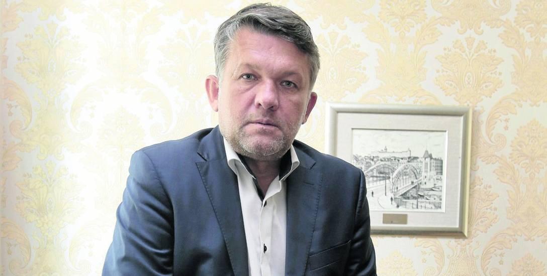 Oficjalnie o zarzutach nic nie wiem - mówi Dariusz Więcaszek. -  Tylko tyle co z doniesień mediów