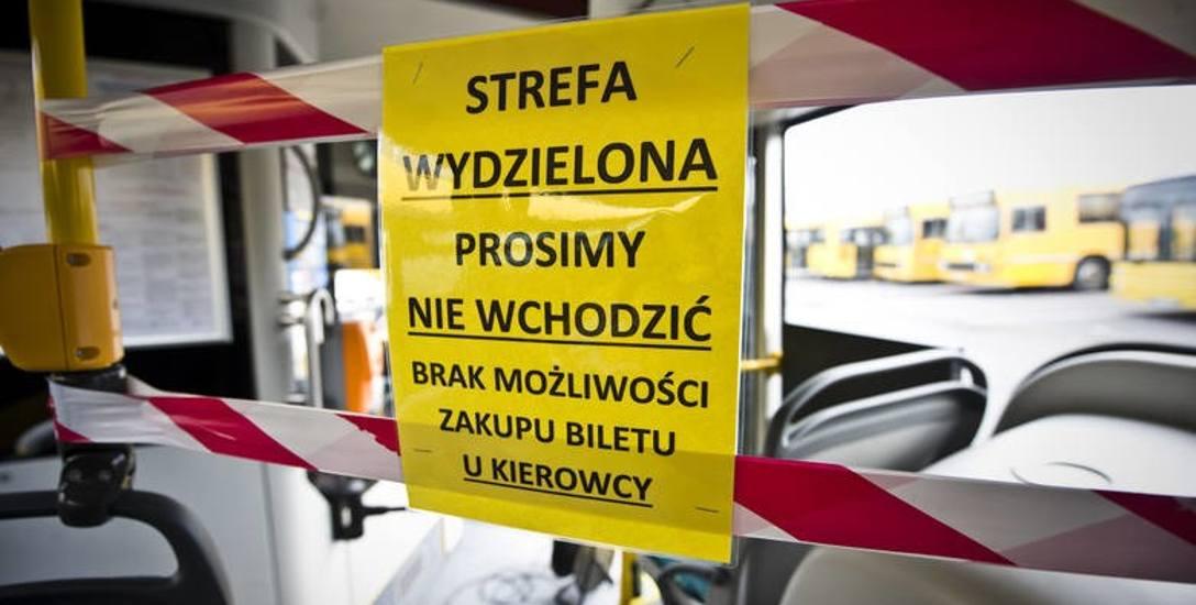 Komunikacja na czas pandemii: mniej autobusów, mniej pasażerów