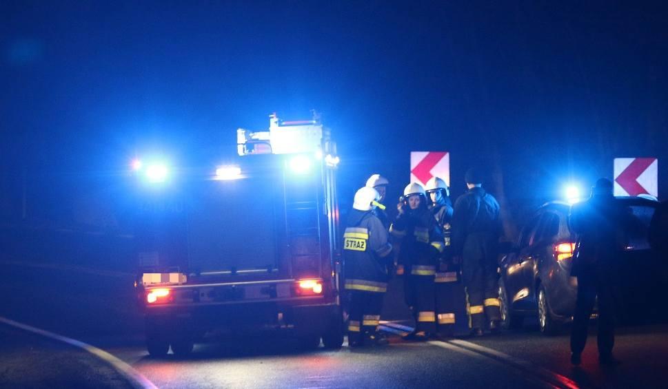 Film do artykułu: Wypadek na DK19. Kombajn wjechał w BMW