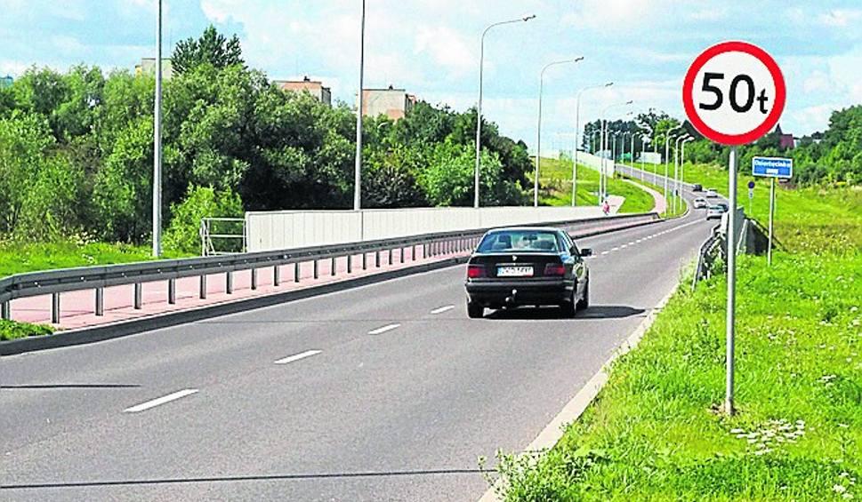 Film do artykułu: Na obwodnicy Koszalina nie ma miejsca na manewry