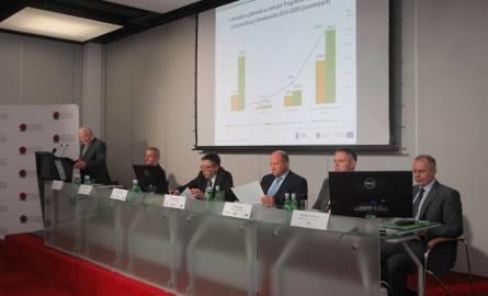 240 milionów dofinansowania dla Aquanetu - umowę podpisano we wtorek w Poznaniu