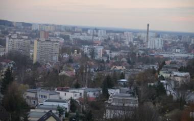 Zielona Góra - widok miasta.Najtaniej kupimy mieszkanie w Jastrzębiu Zdrój (3 651 zł). Średnia stawka za metr własnej nieruchomości w województwie lubuskim