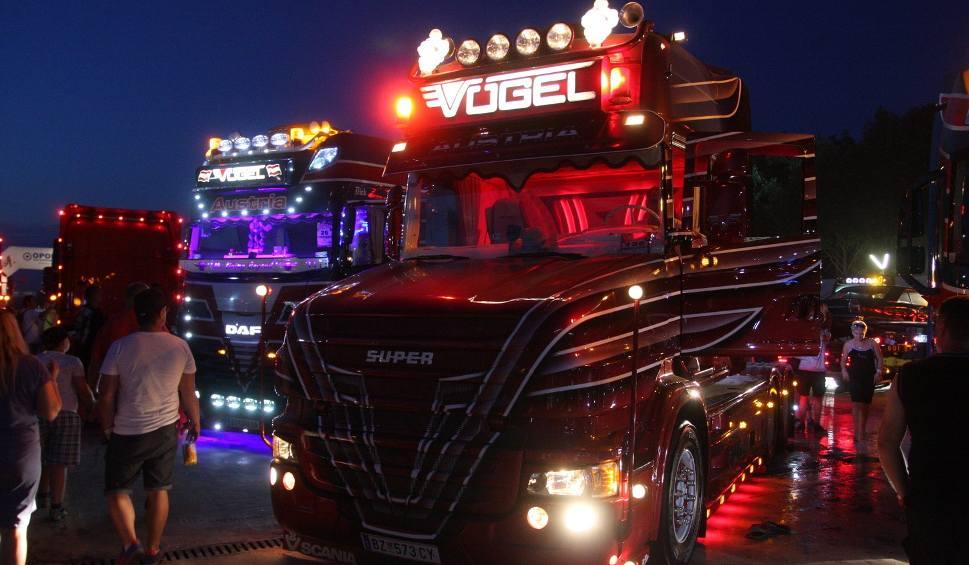 Film do artykułu: Master Truck 2016. Wielkie ciężarówki zjechały do Polskiej Nowej Wsi