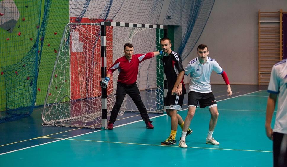 Film do artykułu: Futsal. Zmiana lidera w Pińczowskiej Lidze Firm
