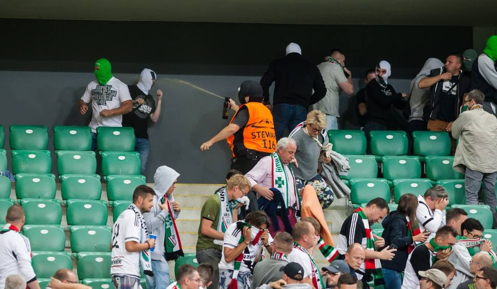 Film do artykułu: Sroga kara dla Legii! UEFA zamknęła stadion na mecz z Realem!
