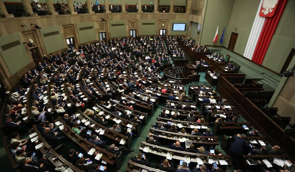 Film do artykułu: Wybory parlamentarne 2019. Kiedy pierwsze posiedzenie nowego Sejmu? Do kiedy powstanie nowy rząd?