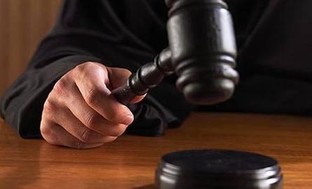 Wyrok za śmierć od ciosów nożem w gminie Ożarów - sześć lat więzienia
