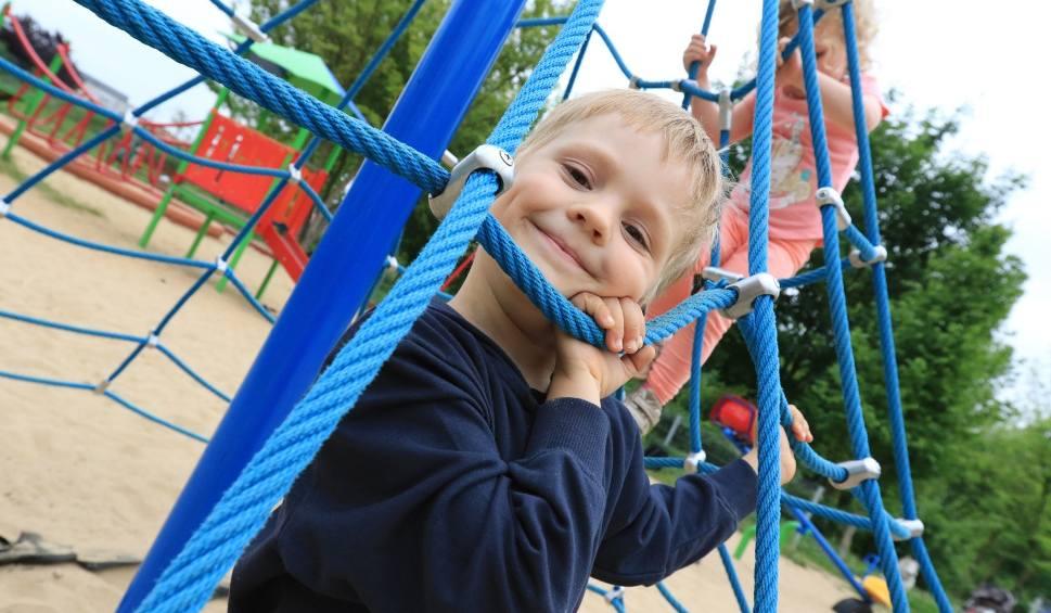 Film do artykułu: Szukasz miejsca dla dziecka w żłobku? Są fundusze UE dla opolskich przedsiębiorców
