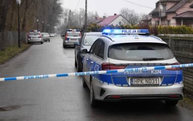 Ta historia wstrząsnęła całą Polską. W Kopkach, w powiecie niżańskim, matka najpierw zabiła dwójkę malutkich dzieci, a potem nożem odebrała życie także