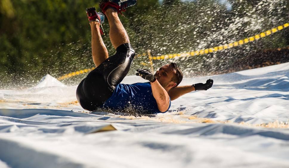 Film do artykułu: Hero Run 2017 w Ogrodniczkach. Kto pokona ekstremalny bieg?