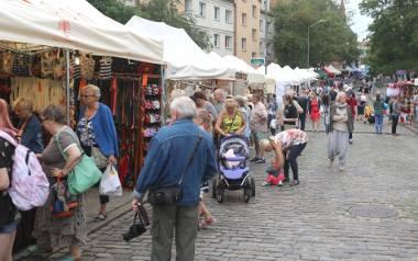 Jarmark Jakubowy 2019Pierniki szczecińskie, racuchy, paprykarz, produkty z malin czy ekologiczne wędliny produkowane metodą tradycyjną według staropolskich