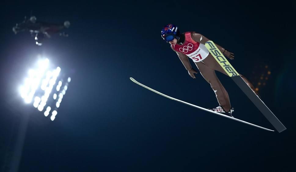 Film do artykułu: Skoki Vikersund RAW AIR 2018 konkurs drużynowy w lotach narciarskich – SOBOTA 17.03.2018 – SKOKI VIKERSUND NA ŻYWO, STREAM ONLINE ZA DAR