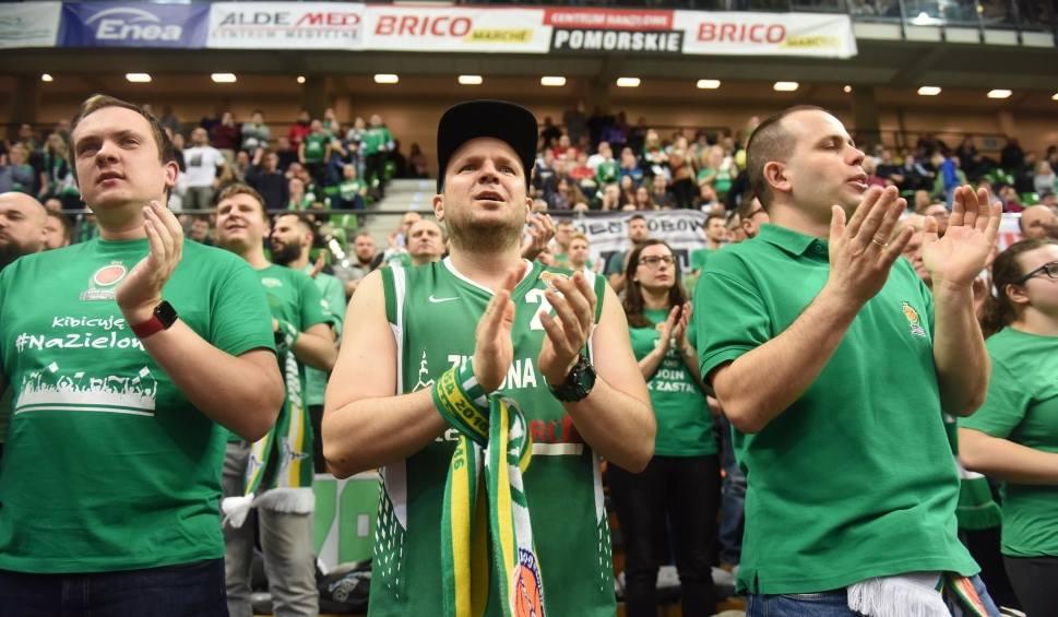 Film do artykułu: Sport przegrywa z koronawirusem! Koszykarze Stelmetu zagrają przy pustych trybunach