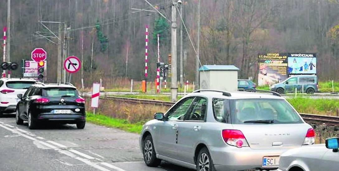 Remont drogi do Wisły wiąże się z dużymi korkami. Turyści nie będą już mogli wybrać kolei