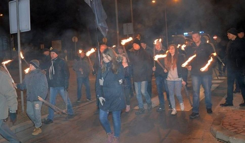 Film do artykułu: Marsz milczenia w Stalowej Woli w 37. rocznicę ogłoszenia stanu wojennego
