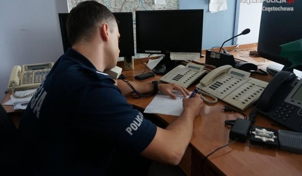 Film do artykułu: Pijany kierowca wjechał na teren firmy w Myszkowie. Ochroniarz zadzwonił na policję