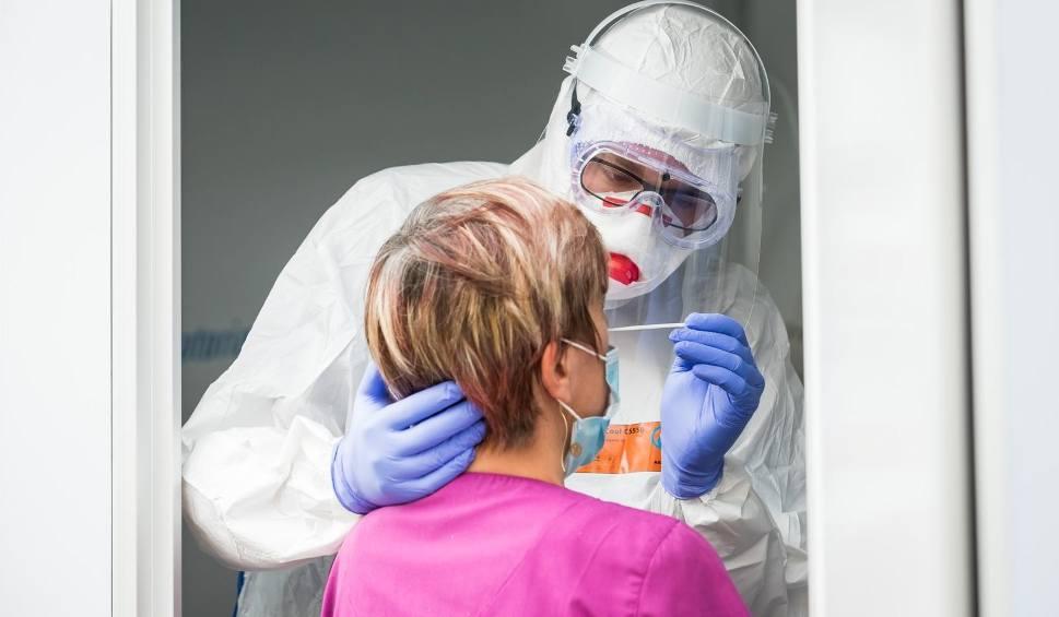 Film do artykułu: Nowy przypadek koronawirusa w Lubuskiem. W Polsce zmarło kolejnych 10 osób