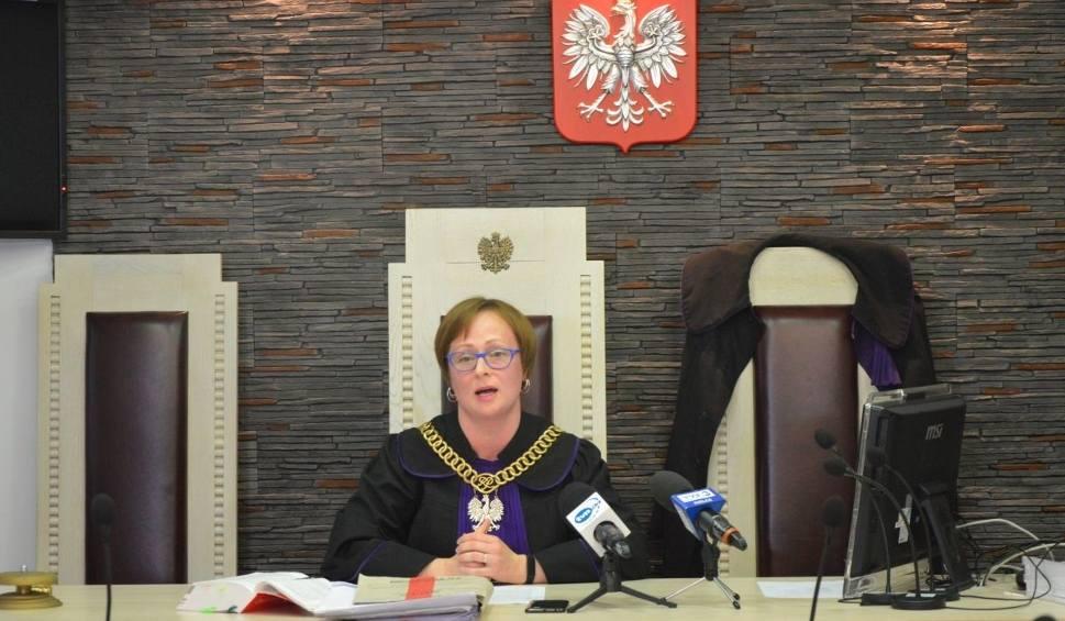 Film do artykułu: Pijana kobieta ze Skarżyska urodziła pijane dziecko. Usłyszała wyrok