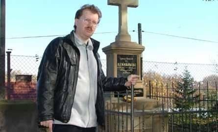 Historyk Piotr Babinetz, założyciel Komitetu Ratowania Starego Cmentarza, nasz przewodnik po zabytkowej nekropolii: - Wartość tego cmentarza polega na