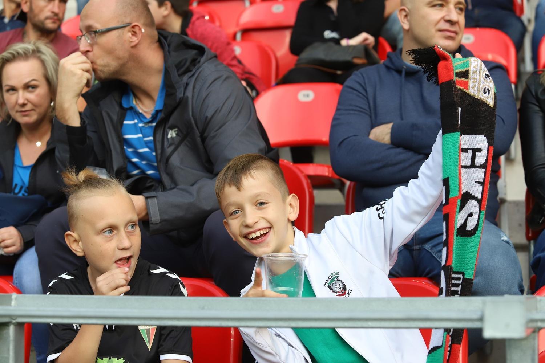 GKS Tychy - Wigry 2:1 ZDJĘCIA KIBICÓW Oklaski dla najmłodszych tyskich piłkarzy